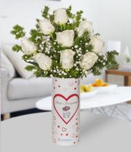 Seni Seviyorum Vazoda Beyaz Güller