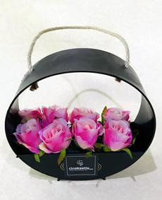 Çantada Yapay Pembe Güller