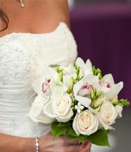 Gelin Buketi (Beyaz güller ve orkide)