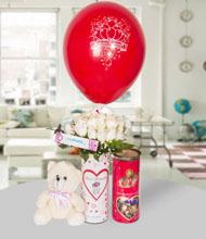 Seni seviyorum vazo beyaz güller ayýcýk ve lavi çikolata