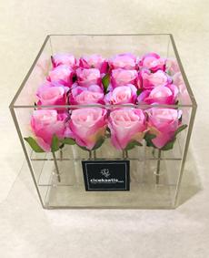 Şeffaf Kutuda Yapay Pembe Beyaz Güller